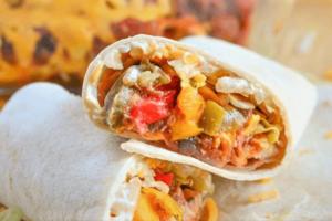 Burritos de pollo jamón y queso