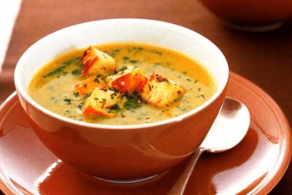 Sopa de papa y cebolla