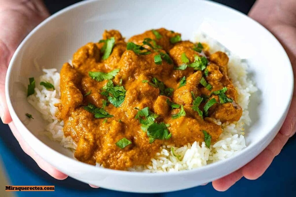 Muslos de pollo al curry con verduras