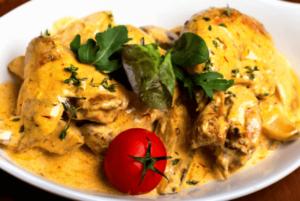 muslos de pollo al curry horneado